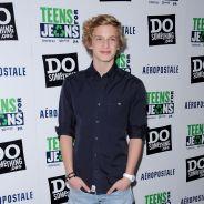 Cody Simpson en tournée ... et de passage dans un Toys R Us !