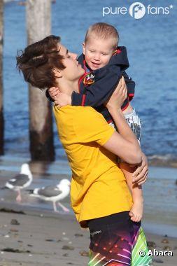 Justin et son petit frère