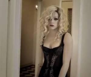Avril Lavigne sublime dans le clip Goodbye