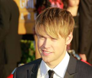 Chord Overstreet juste après sa rupture avec Emma Roberts, il garde le sourire !