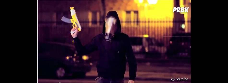 Alonzo, parodie-t-il les films de gangsters ?