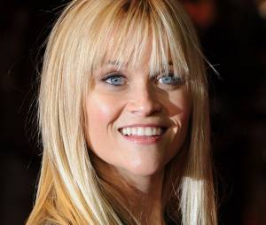 Reese Witherspoon hyper jolie