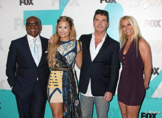 Demi Lovato et Britney Spears aux côtés de Simon Cowell pour la présentation de la nouvelle saison de X-Factor version us