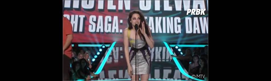Kristen Stewart sans son Robert Pattinson d'amour aux MTV Movie Awards 2012