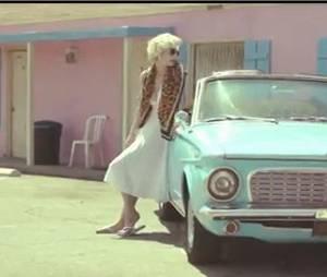 Marilyn Monroe en guest dans le nouveau clip de Leslie
