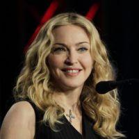 """Madonna : """"dégoûtée"""" par la condamnation des Pussy Riot !"""