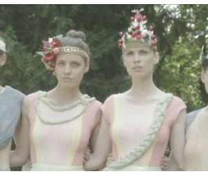 Les girls partent en guerre dans de clip de Coups et blessures !