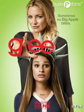 Rachel accompagnée de Cassandra (kate Hudson), sa nouvelle prof de danse.