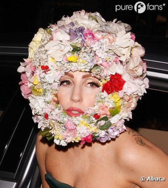 Lady Gaga fait le show à la Fashion Week de Londres