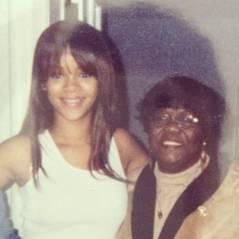 Rihanna : plein de photos intimes sur Twitter. A poil ? Non, pour un hommage émouvant !