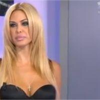 Hollywood Girls 2 : Shauna Sand assume ses faux boobs mais c'est tout !
