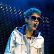 Justin Bieber chope son pénis en plein concert ! (VIDEO)
