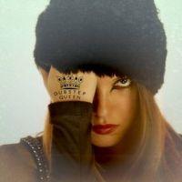 Laure Cappellini : Mes souffrances, le clip original et mystérieux ! (VIDEO)