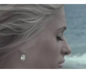 """Paris Hilton dans le clip """"Not Here"""""""
