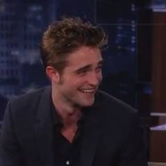 Robert Pattinson embrasse mal ? C'est lui qui le dit ! (VIDEO)