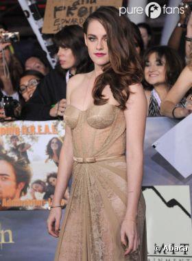 Kristen Stewart sublime à l'avant-première de Twilight 5 !