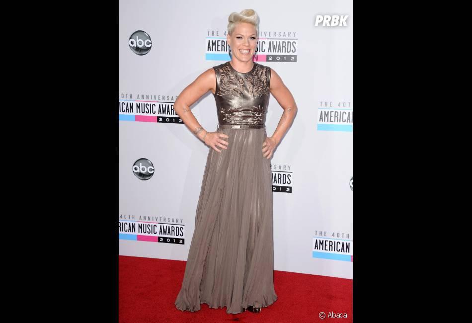 Pink, plus glam' que rock pour les AMA