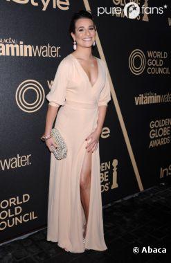 Lea Michele adore montrer sa poitrine et ses jambes !