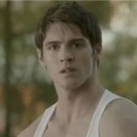 The Vampire Diaries saison 4 : Jeremy en mode Monsieur muscle dans l'épisode 9 ! (VIDEO)