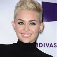 Miley Cyrus fan des fesses de Demi Lovato !