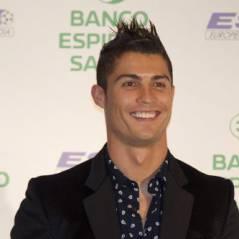 Cristiano Ronaldo sort son slip et la joue comme Beckham