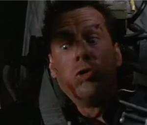 Bruce Willis avec des cheuveux, ça change !