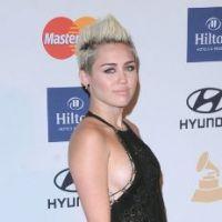 Miley Cyrus : à deux doigts d'un téton qui dépasse !