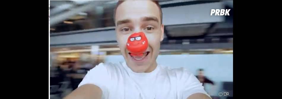 Pour One day or another, les One Direction portent le nez rouge de l'association Comic Relief