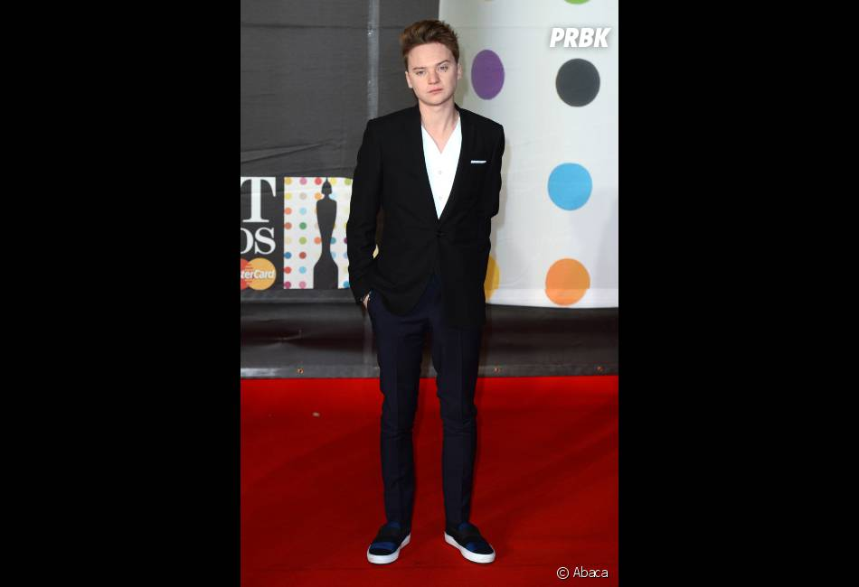 Conor Maynard, simple mais stylé aux Brit Awards 2013