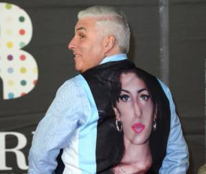 Le prèe d'Amy Winehouse lui a rendu hommage aux Brit Awards 2013