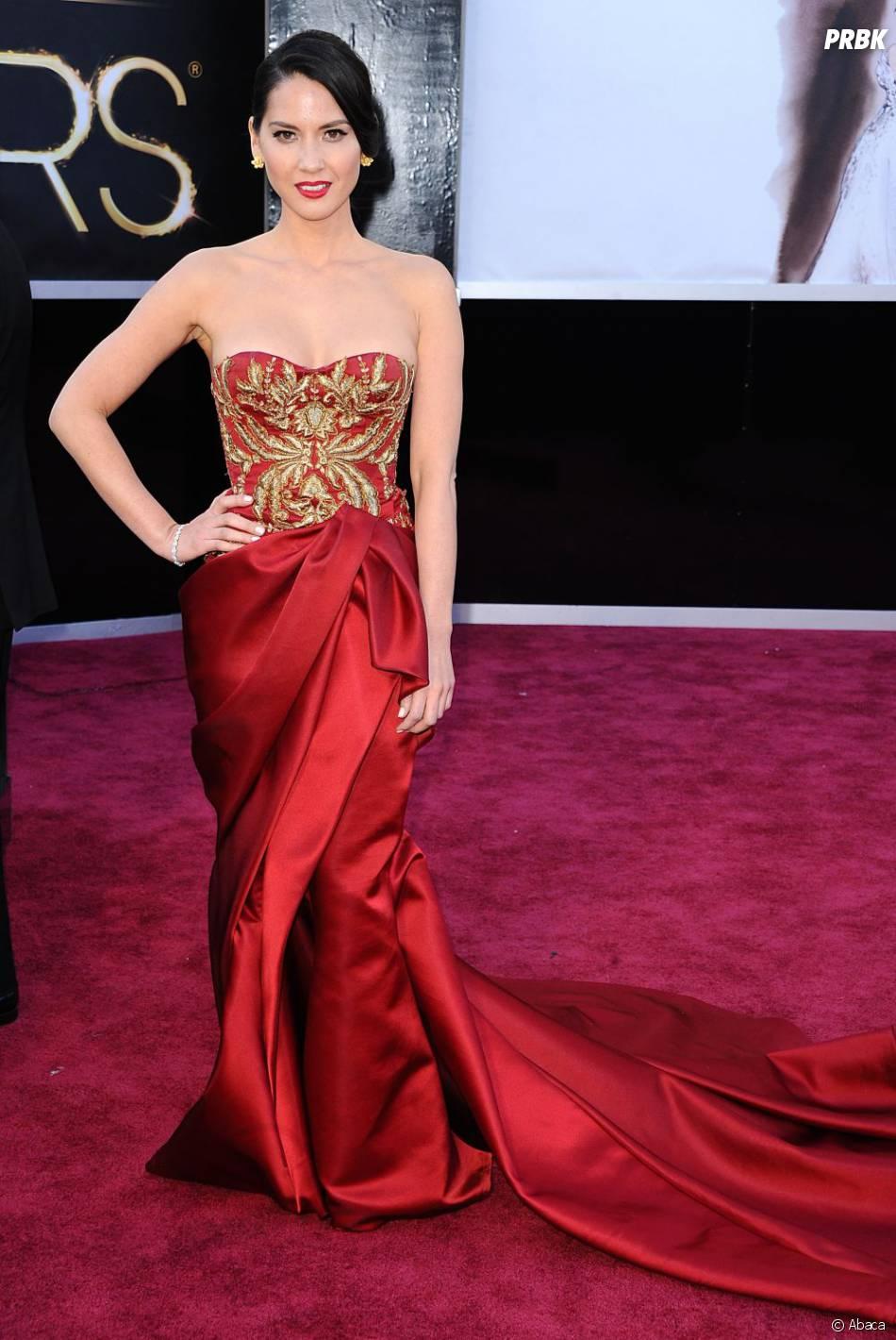 En  Marchesa, Olivia Munn était hypnotisante sur le tapis rouge des  Oscars 2013
