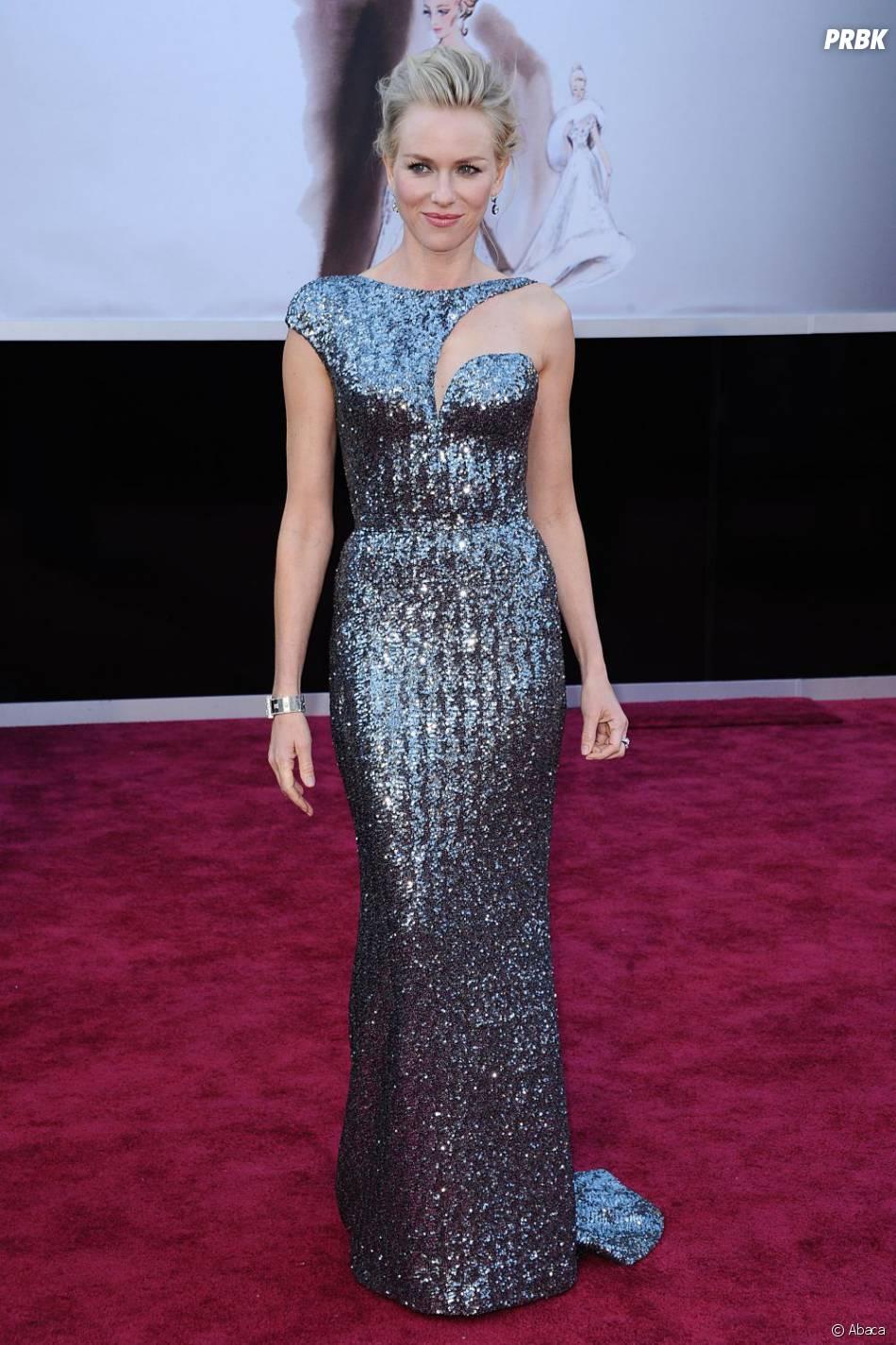 Naomi Watts était tout simplement canon en Armani Privé pour les Oscars 2013