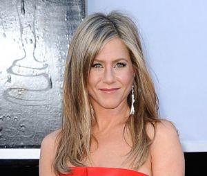Apparemment, Jennifer Aniston n'a pas eu le temps de se coiffer pour les Oscars 2013...