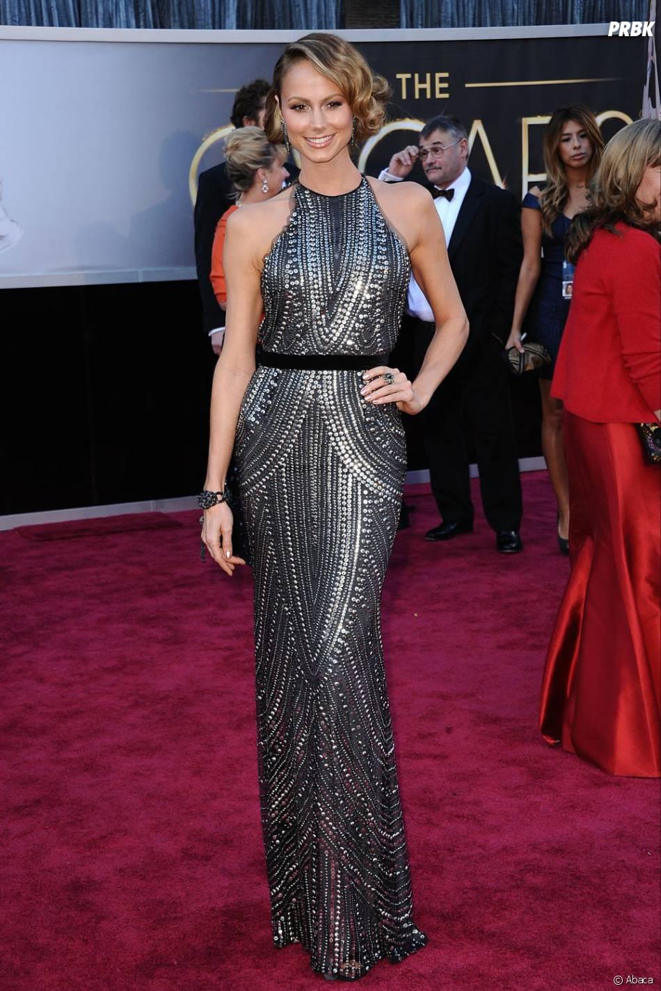 Stacy Keibler en Naeem Khan sur le tapis rouge des Oscars 2013 : Juste sublime !
