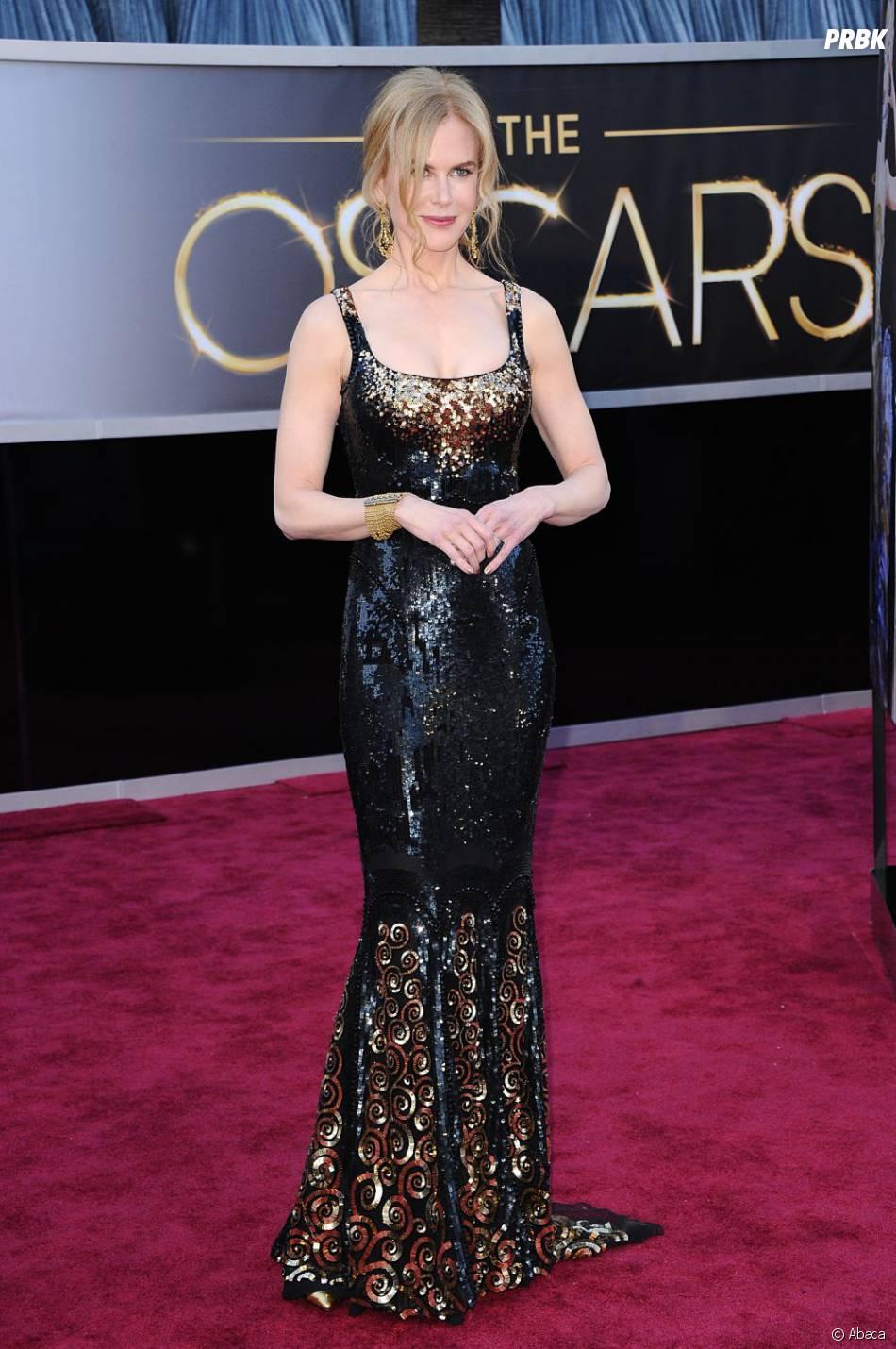 Nicole Kidman a voulu jouer les sirènes et s'est échouée sur le tapis rouge des Oscars 2013 !