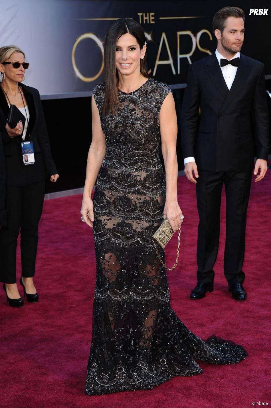 Sandra Bullock a piqué la robe de Kate Winslet dans Titanic pour les Oscars 2013, non ?