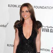 Britney Spears méconnaissable : brune au décolleté plongeant à une after Oscars 2013
