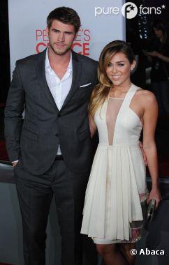 Miley Cyrus et Liam Hemsworth : de l'eau dans le gaz entre les deux tourtereaux ?