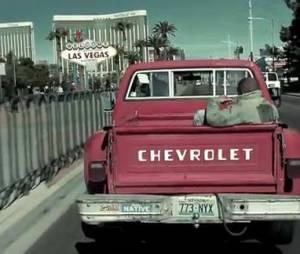 Seth Gueko se la joue gangster à Las Vegas dans son clip Paranaoiak.