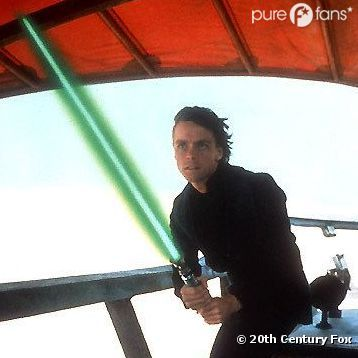 Deux fans de Star Wars ont braqué une supérette avec des sabres-laser.