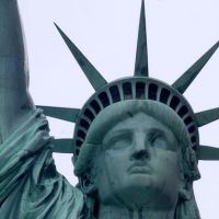 La Statue de la Liberté rallume enfin sa flamme