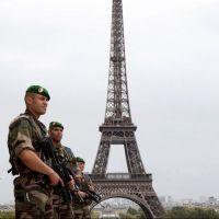 Panique sur la Tour Eiffel : une alerte à la bombe fait craindre un attentat