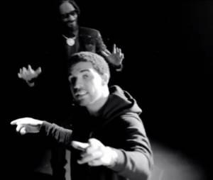 Le rappeur Drake en ft avec Snoop Lion sur No Guns Allowed