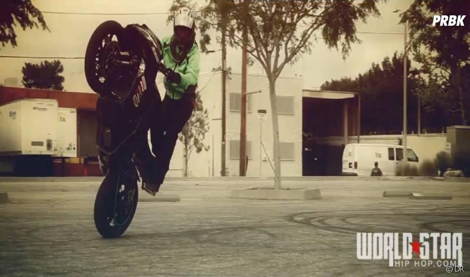 Rodéo à moto pour le clip Up in flames de Nicki Minaj