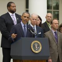 """Barack Obama : """"un jour de honte"""" après l'échec de sa loi sur les armes"""