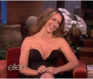 Jennifer Love Hewitt très décolletée chez Ellen DeGeneres