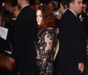 Kristen Stewart se lâche sur le tapis rouge