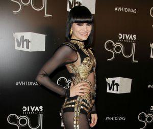 Jessie J a dû sortir le money money money pour sa robe