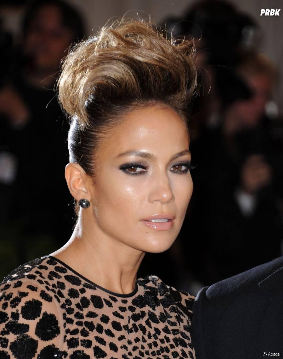 Jennifer Lopez, féline au MET Ball 2013