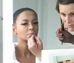 Plusieurs heures de maquillage ont été nécessaires pour transformer Karine Le Marchand en Lady Gaga.